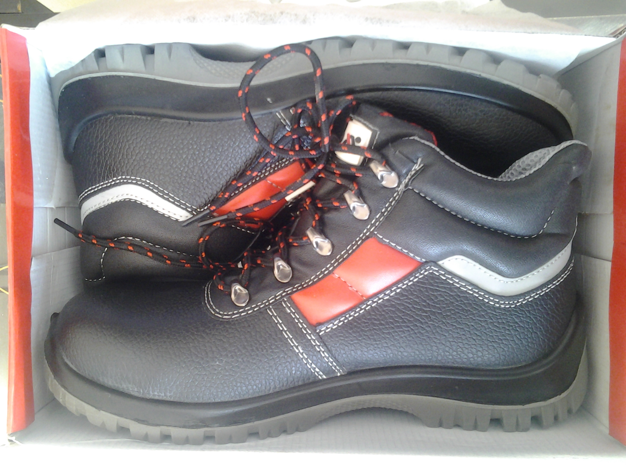 45462404b حذاء سيفتى safety shoes   Sabtiya.com